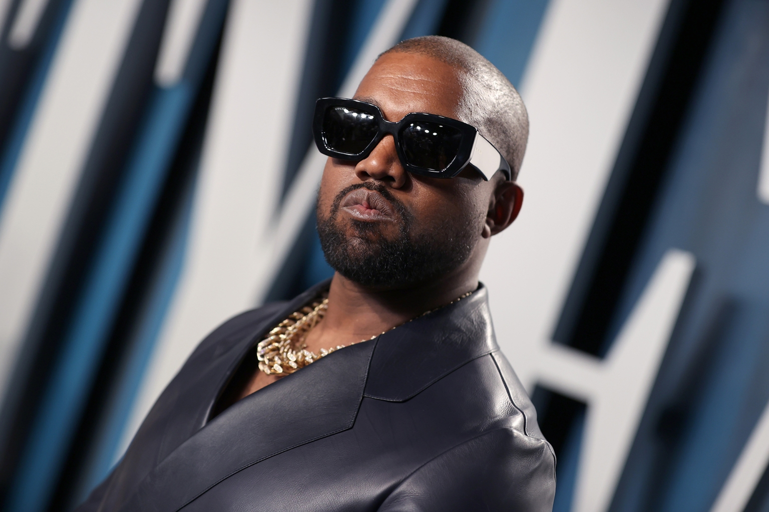 Gap will sell Kanye West's Yeezy line