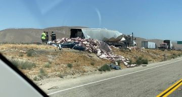 Big Rig Flips Over on I-10 in Cabazon