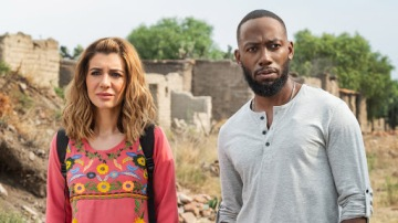 "Manny Talks to Nasim Pedrad and Lamorne Morris for Netflix's ""Desperados"""
