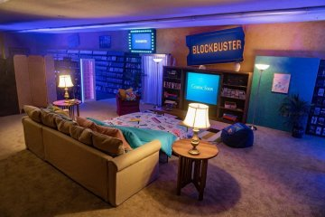 You can soon reserve a sleepover at the world's last Blockbuster