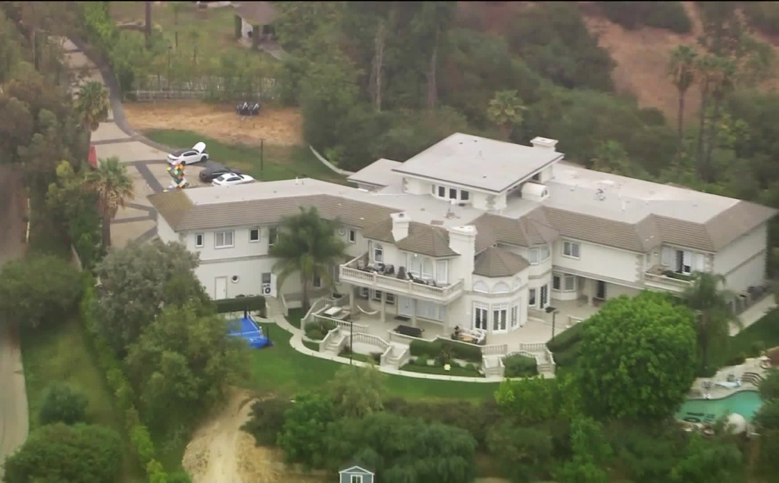 FBI agents executed a federal search warrant at YouTube celebrity Jake Paul's home