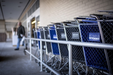Bed Bath & Beyond is laying off 2,800 employees
