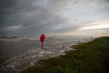 Hurricane Laura smashes parts of Louisiana and Texas, killing 3 and leaving widespread wind damage