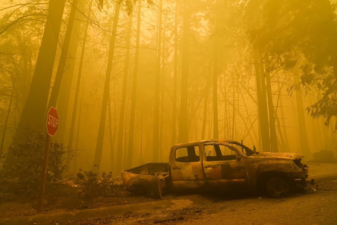 Deadly California wildfires scorch more than 1 million acres with no end in sight