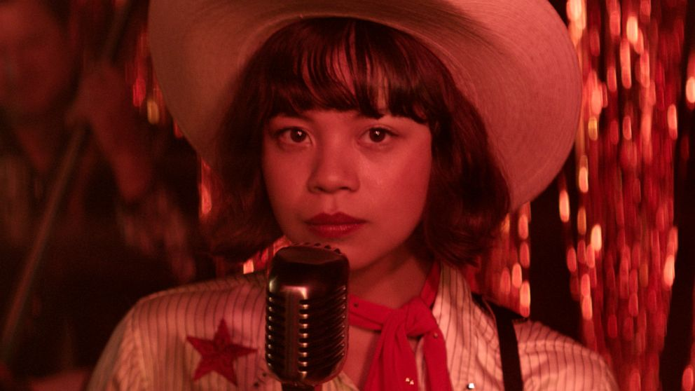 """Manny the Movie Guy Interviews Eva Noblezada for """"Yellow Rose"""""""