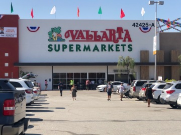 First Riverside County Vallarta Supermarket Opens in Indio