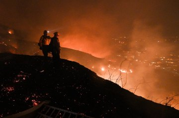 Silverado Fire Burns Over 11,000 Acres with 5% Containment
