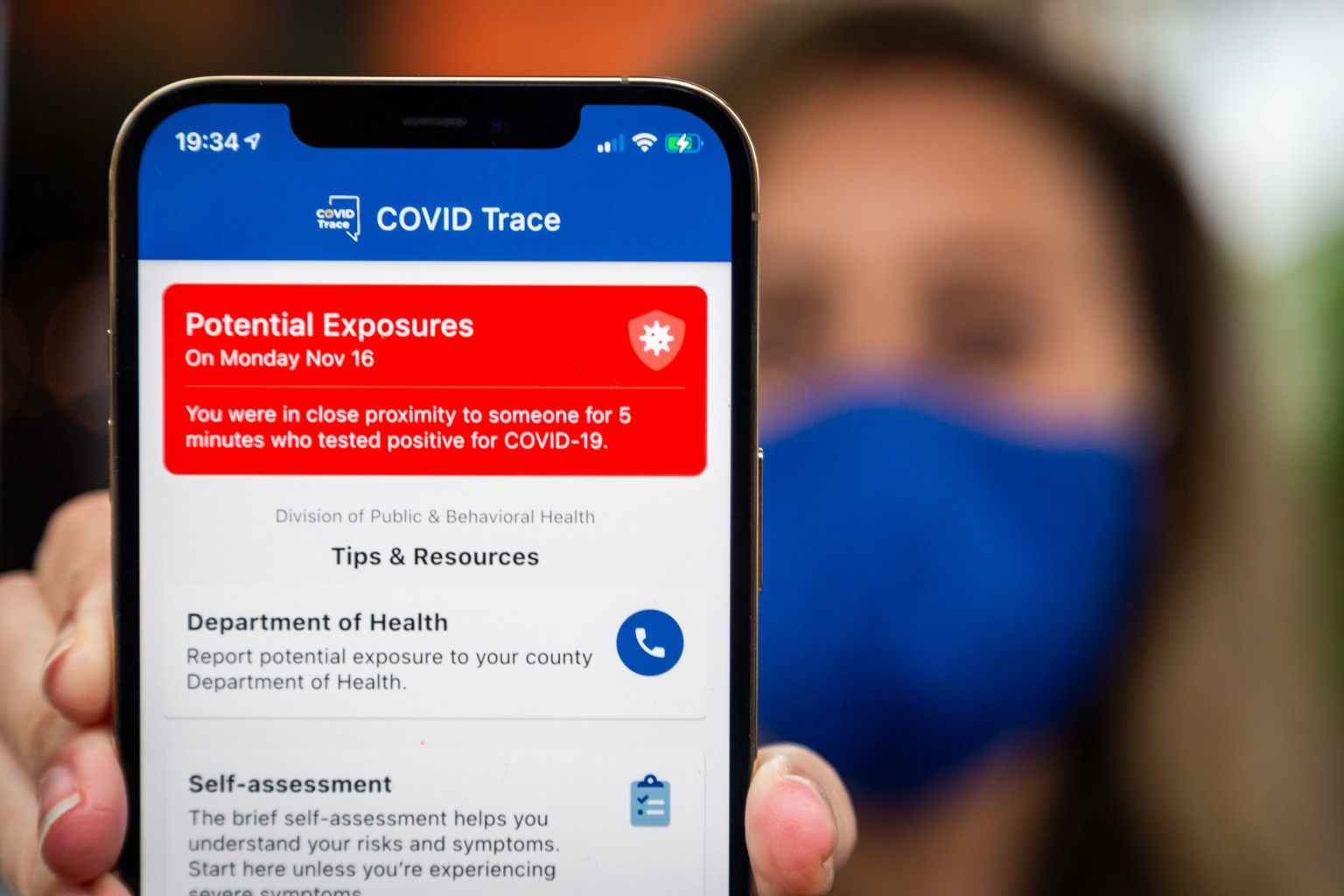 Your phone can send you an alert if you were near someone who has coronavirus