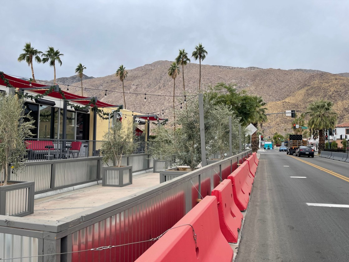 Arenas Road Palm Springs Stay at home orders