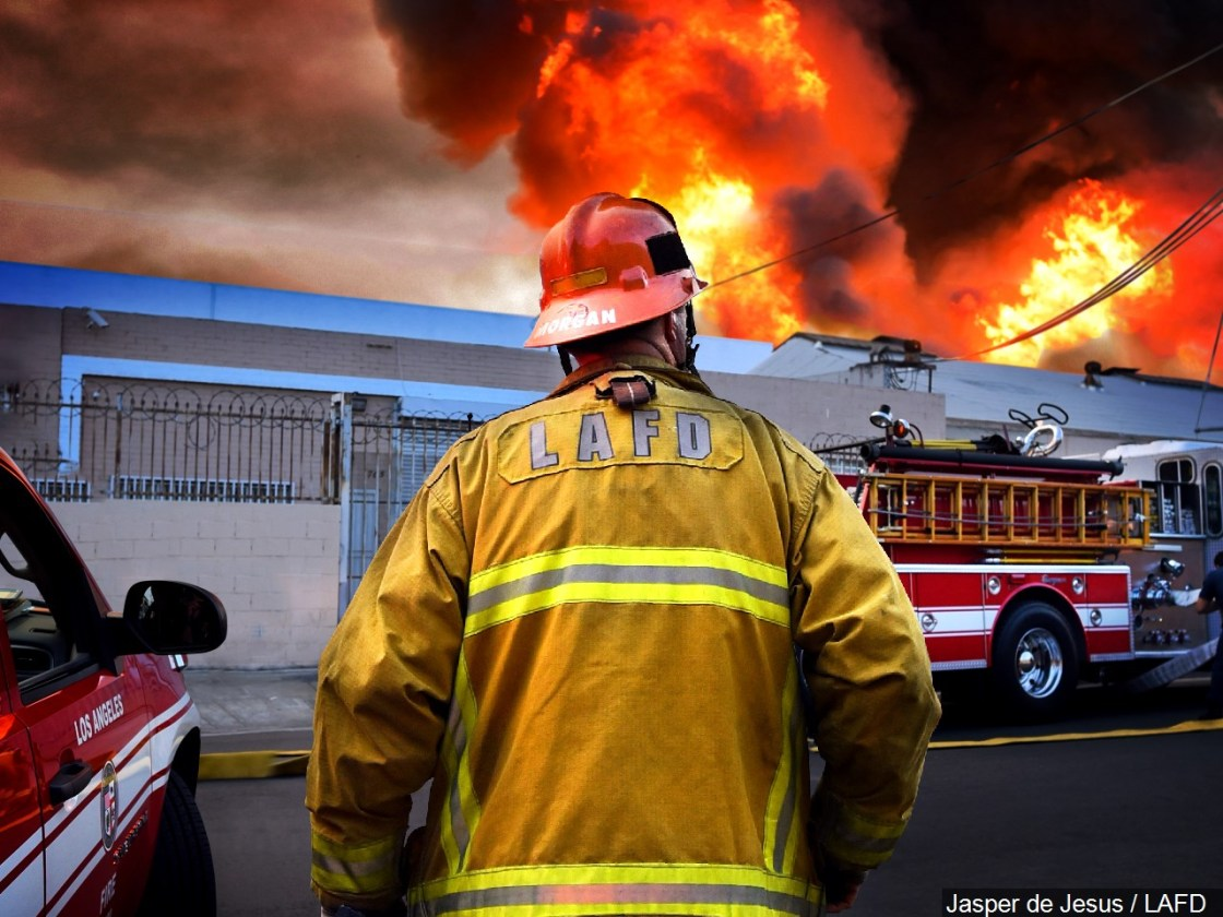 LAFD Receives Enough COVID-19 Vaccines For Nearly All Firefighters, Paramedics