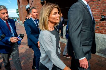 Lori Loughlin released from prison after 2-month sentence