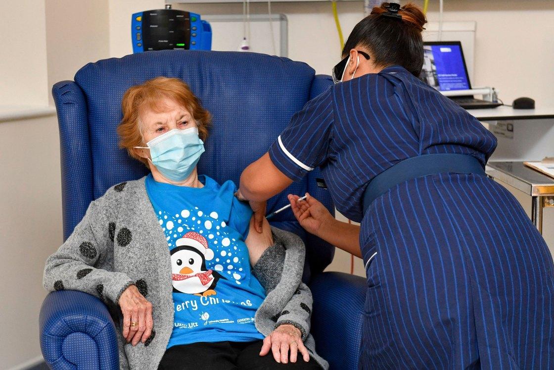 United Kingdom Begins Vaccinating Citizens