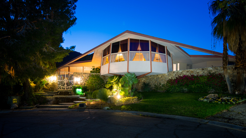Online Auction to Feature Items From Elvis' Honeymoon Hideaway in Palm Springs