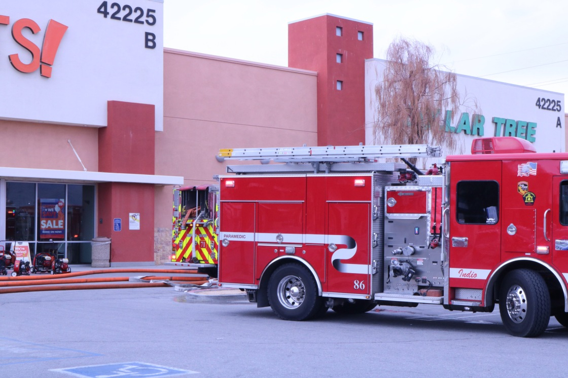 Fire sparks at strip mall in Indio