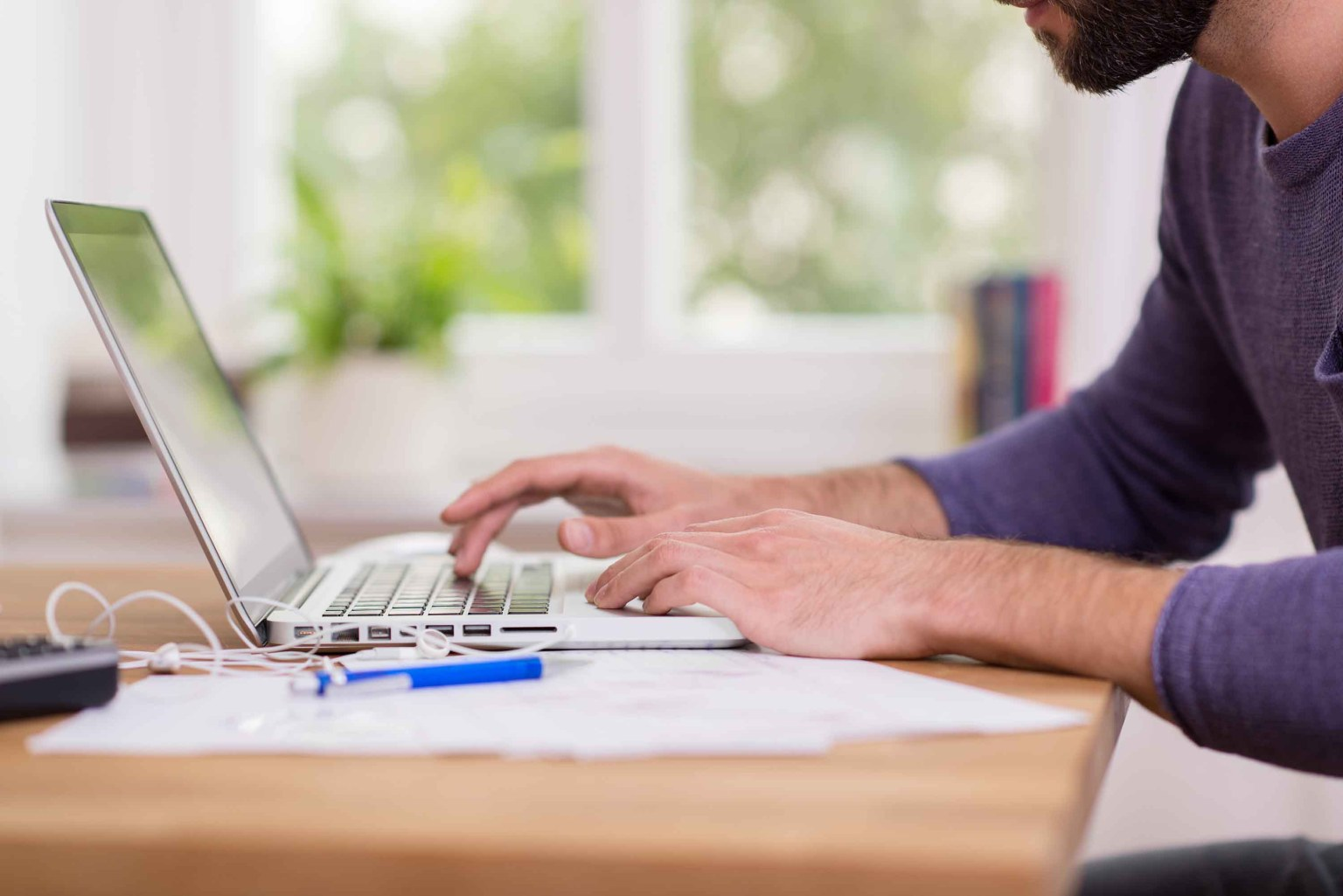 STUDY: Employees working from home are putting in longer hours than before the pandemic