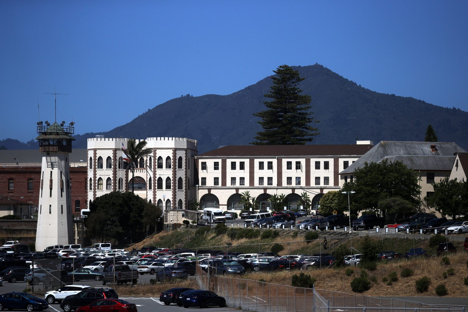 San Quentin prison fined more than $400,000 after deadly Covid-19 outbreak