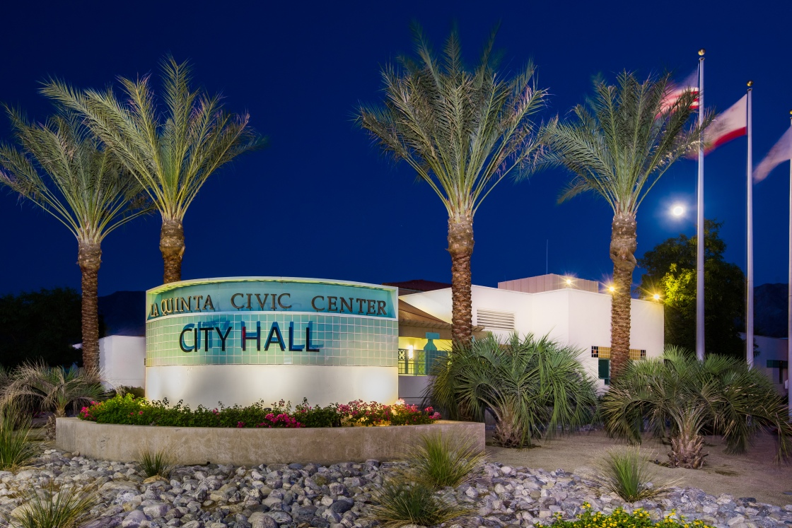 La Quinta City Hall lights up in honor of essential workers and those who've lost their life to covid