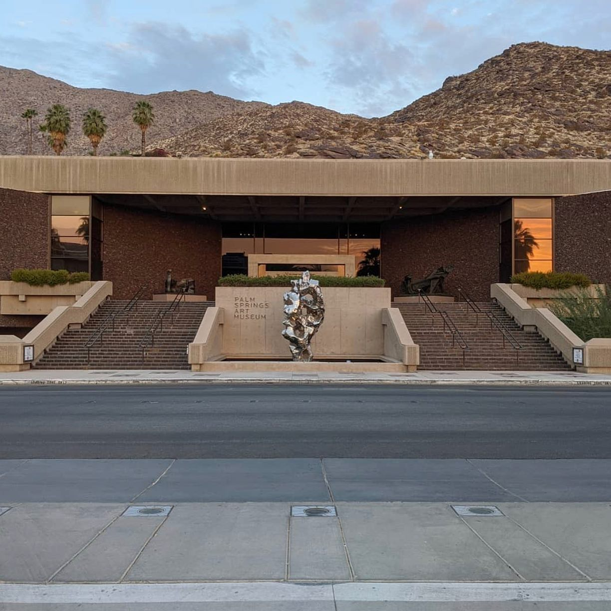 Palm Springs Art Museum to Reopen April 1