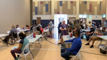 La Quinta High School Holds Vaccine Clinic For Teachers, Staff, And Students