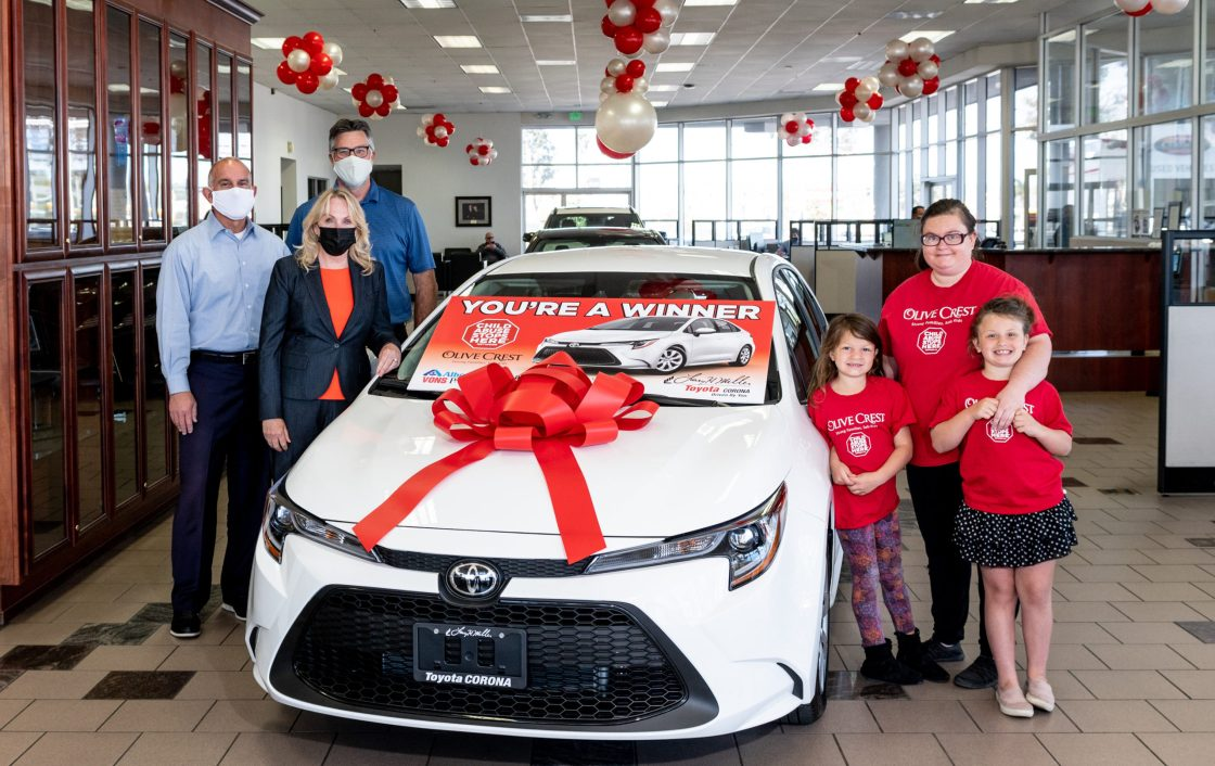 Family receives new car in time of need
