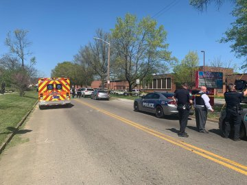 Officer shot in Knoxville shooting identified as 20-year veteran of KPD
