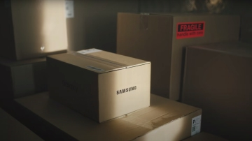 Samsung unveils 'mobile-first' laptops