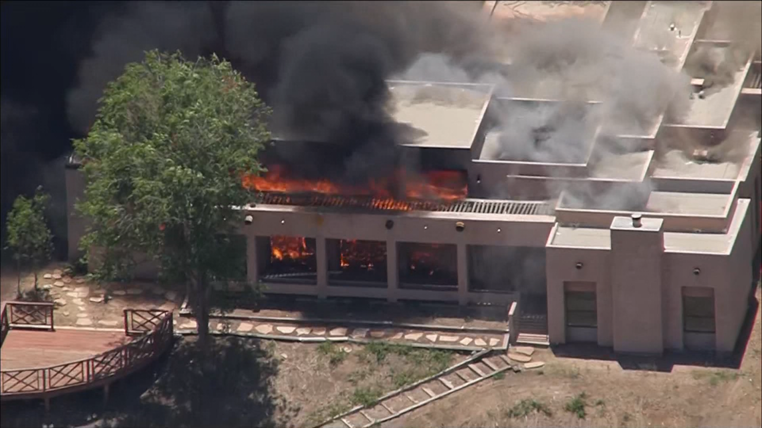 Firefighter Killed In Shooting At LACo Fire Station In Agua Dulce