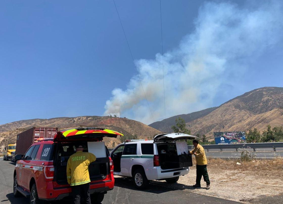 Fire closes Highway 18 in San Bernardino