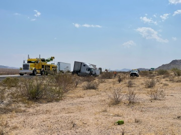 Traffic stalled on I-10 at Chiriaco Summit due to major collision