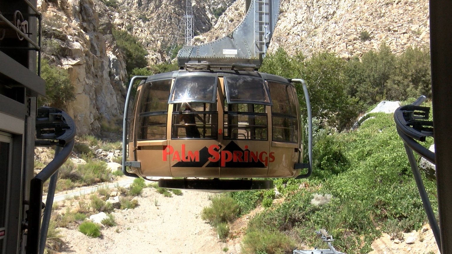 Palm Springs Aerial Tramway Closes For Month-Long Maintenance