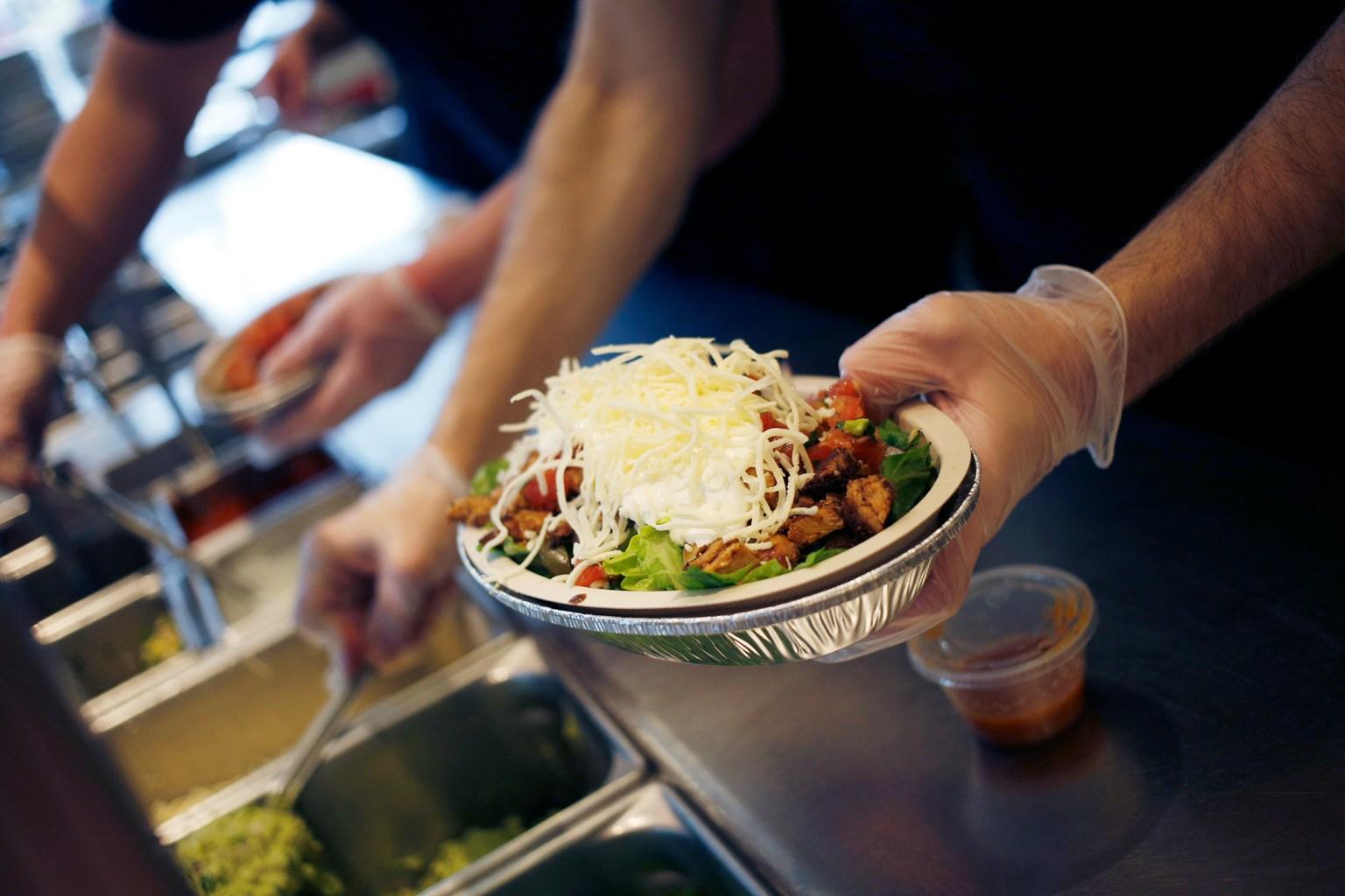 Chipotle raises its menu prices