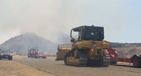 Southbound I-215 stopped following brushfire near Menifee