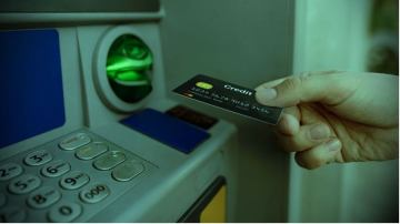 Palm Springs Police Warn About Uptick in ATM, Gas Pump `Skimming'