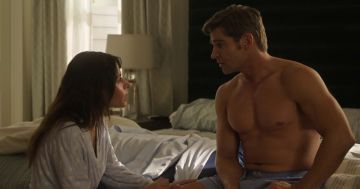 """""""Sex/Life's"""" Sarah Shahi, Mike Vogel Talk to Manny the Movie Guy About Their Steamy Series"""