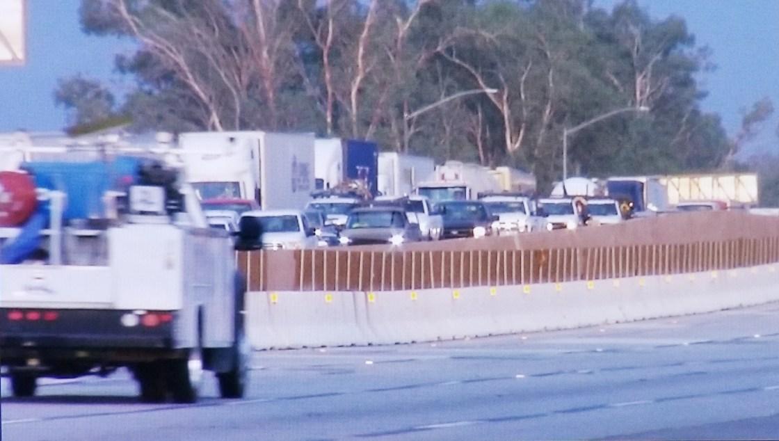TRAFFIC ALERT: Big Rig Spills 9,000 Tons of Fuel, Shutting Down I-10 Near Banning