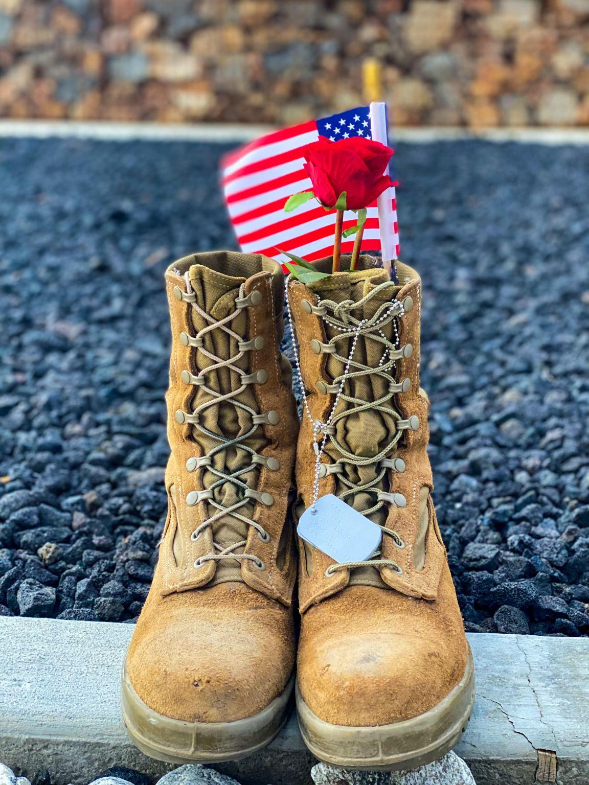 29 Palms Marine Base Community Honer Fallen U.S. Marines