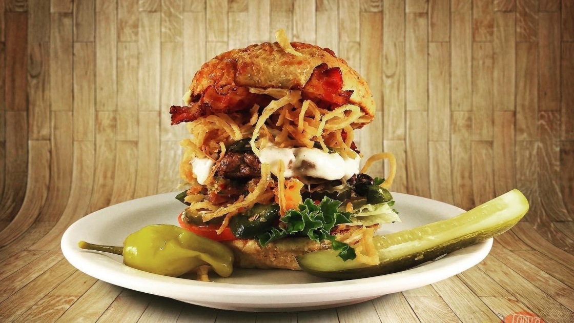 Cathedral City Restaurant Serves Mexican-Inspired Burgers