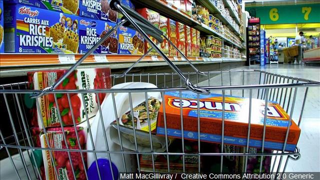 """Multan supermercados """"El Super"""" por obligar a empleados a trabajar con COVID-19"""
